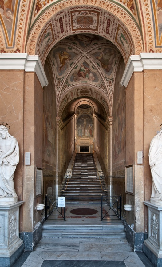 The original marble central staircase of the Holy Stairs to be climbed by the faithful from April 11 to June 30, 2019